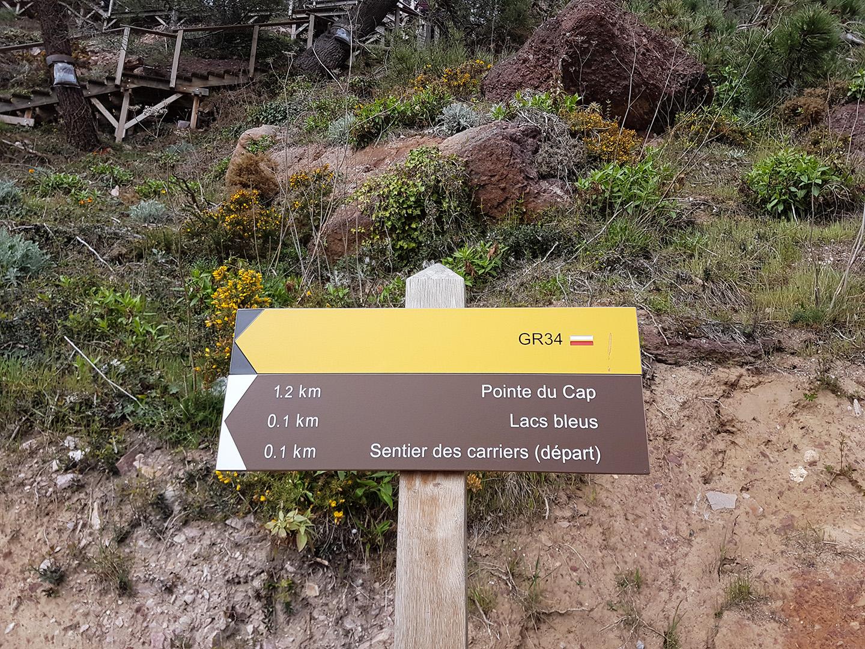 panneau-chemin de randonnée